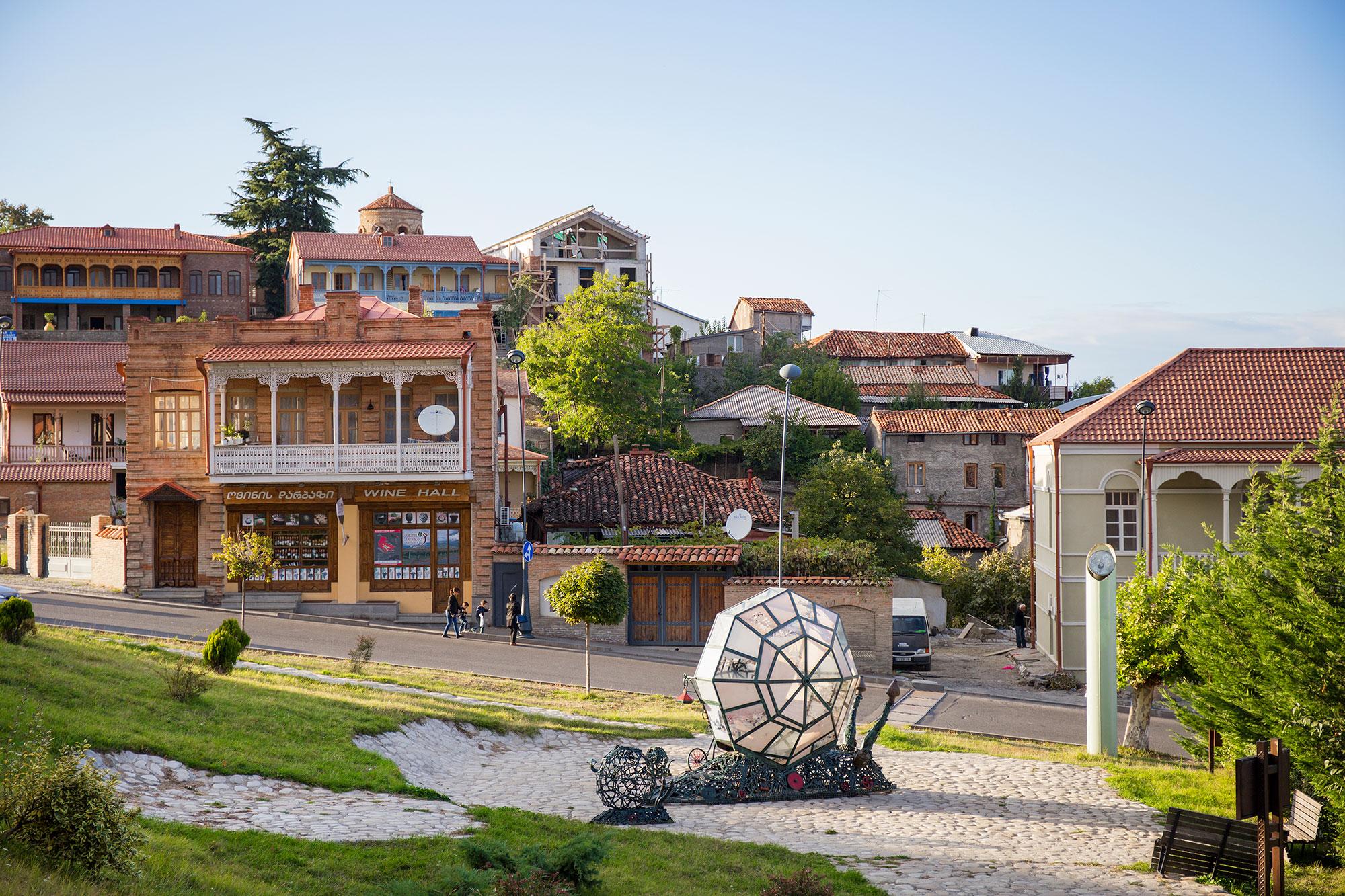 2 день. Свободный день в Тбилиси или факультативная экскурсия «Виноградными тропами ».