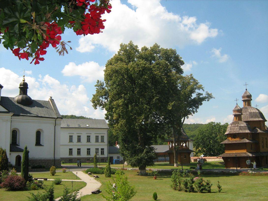 1 день Львов  -город-музей Жолква и Креховский монастырь